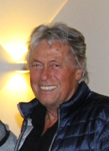 MR Dr. Lothar Walter